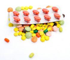 Более половины новых лекарств признали бесполезными