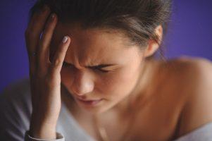 Врач рассказал о способах избавления от головной боли без лекарств