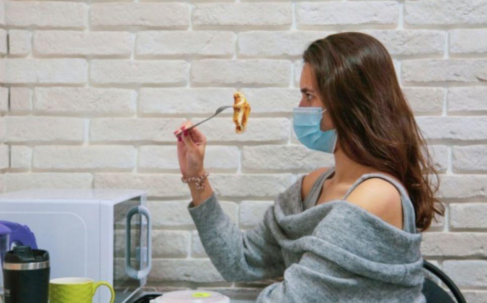 Ученые рассказали, как вернуть запахи и вкусы после COVID-19